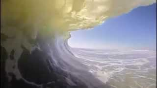 Surfing The Perfect Wave (HD)