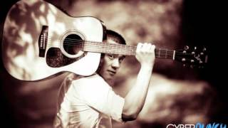Repeat youtube video Maa Vue-Nyob Ua Kev (cover) Michael Vang