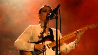 Anna Calvi - The Devil (HD) - Islington Assembly Hall - 08.10.13