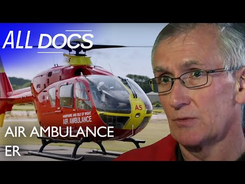 Air Ambulance ER: Trying to Save a Boy Who Fell into Glass | Hospital Documentary | Documental