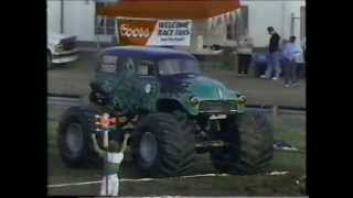 TNT Monster Truck Challenge 1990 Bowling Green Race 1 (TuffTrax)