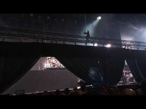 Занавеска появись концерт Скорпионс