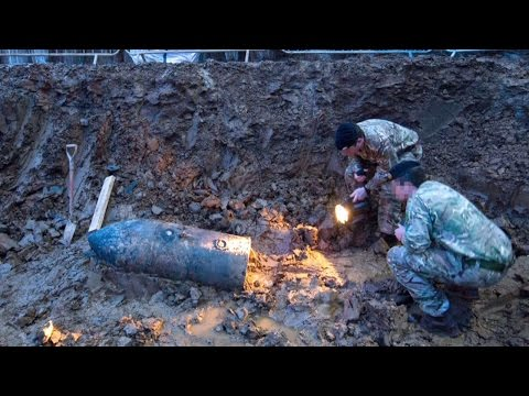 London neighbourhoodevacuated after WWII bomb found
