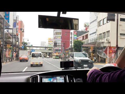 По Токио на машине