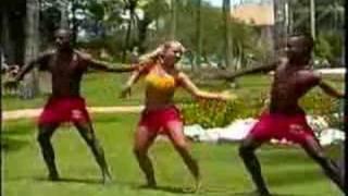 Gata Brasilera - Axe Bahia thumbnail