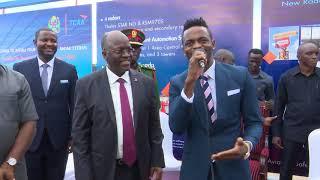 Diamond Platnumz sings ´My Number One´ Song near President John P. Magufuli.mp3