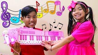 Emma Pretend Play Piano Music Challenge and Sings Nursery Rhymes Kids Songs