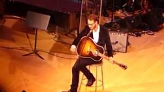 Amos Lee, Grandma's Hands (Bill Withers Tribute at Carnegie Hall)