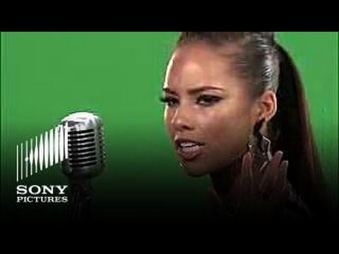 Watch this Quantum of Solace blog featuring Alicia Keys