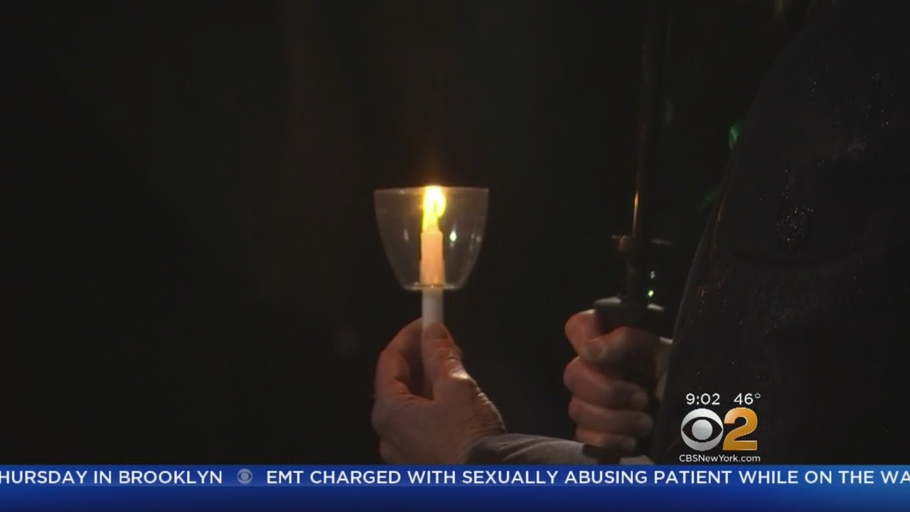 Newtown Students Organize Vigil For Fla. Shooting Victims