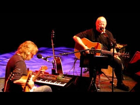 christy moore and declan sinnotta pair of brown eyes live at the barrowlands kieransirishmusicand