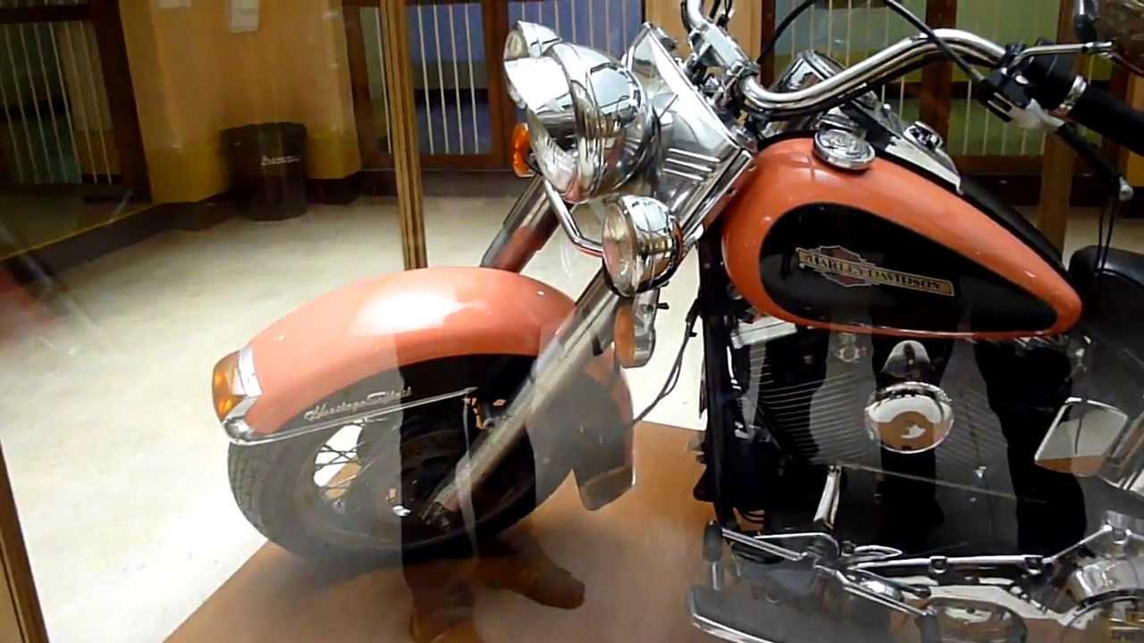 Harley davidson cc youtube for Cerco moto gratis in regalo