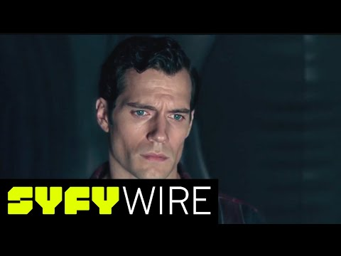 Justice League: Deleted Scene - Superman's New Suit | SYFY WIRE