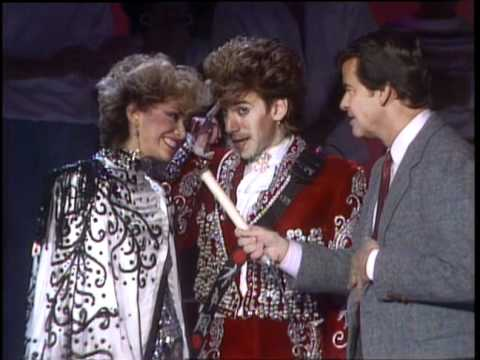 Dick Clark Interviews Sheila E - American Bandstand 1985