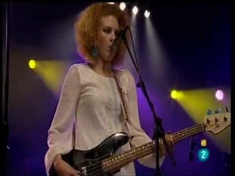 "CASSIE TAYLOR - ""Girls With Guitars"" -HODARRIBIA 2011 - Guipózcoa (ESPAÑA)"