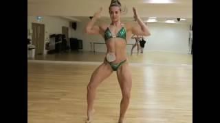 Figure Zoey Wright – Bikini Posing Practice