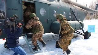 Скачать Отряды Росгвардии провели в Казани совместные занятия по штурмовому десантированию с вертолета