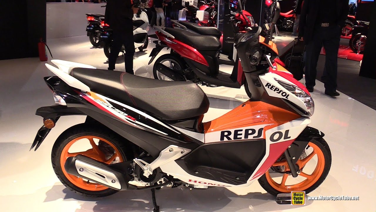 2016 Honda NSC50R Repsol Scooter - Walkaround - 2015 EICMA Milan - YouTube