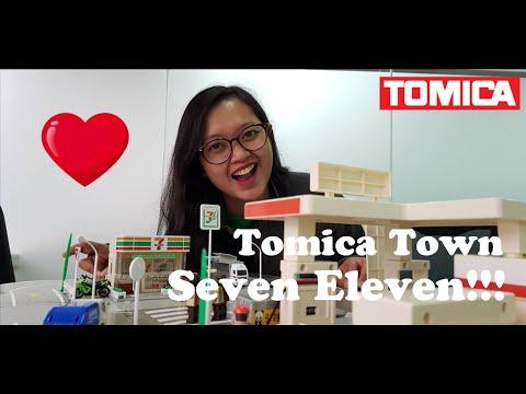 Tomica Town Seven Eleven!!! Dioramaan lagi yuk hehe