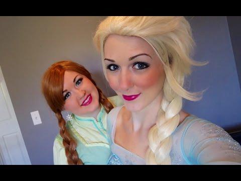 Disney Cribz- Frozen (Anna and Elsa)