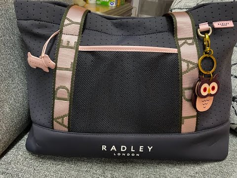 what's-in-my-radley-london-tote-bag