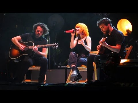 Paramore - Misguided Ghost // Writing The Future // Sunfest West Palm Beach, FL