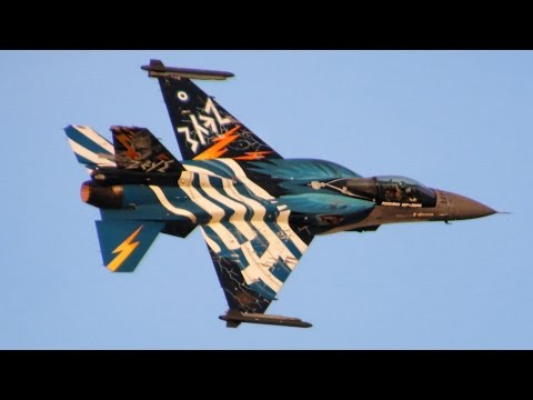 F-16 Demo Team Zeus - Γιορτή Πολεμικής Αεροπορίας 2016