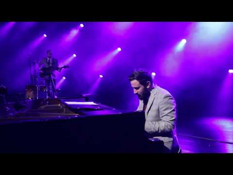 Moullinex LIVE - Deja Vu + Flora
