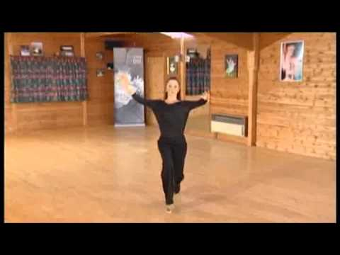 how to dance natural pivot turn in quickstep