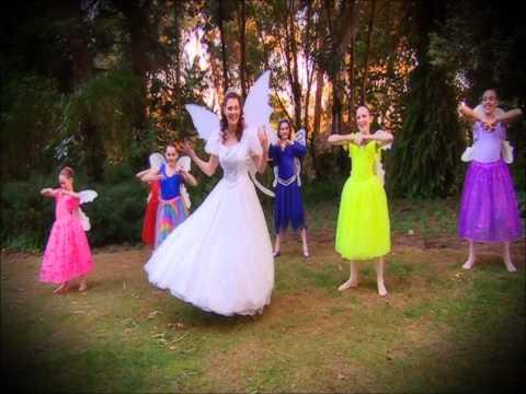 Fairy Queen Caroline's Happy song