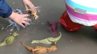 Динозаври в калюжі російською Dinosaurs