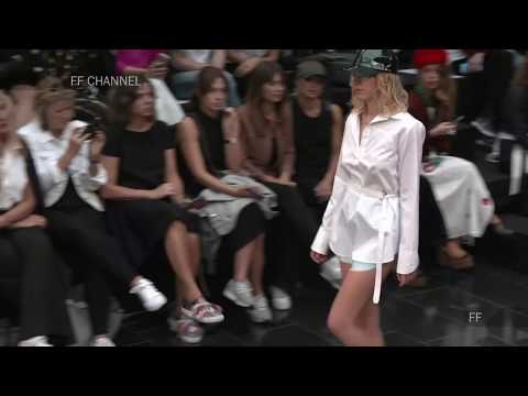 Klamborn | Fall Winter 2017/2018 Full Fashion Show | Exclusive