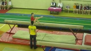 Аня, спортивная гимнастика, бревно (24.12.2010)