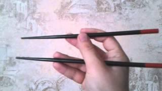 видео как пользоваться палочками для суши
