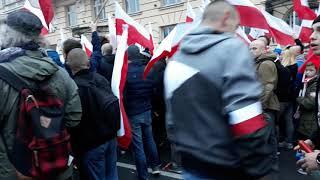 Marsz Niepodległości + Bijatyka