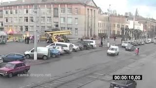 Как угоняют Лексусы в Днепродзержинске(видео - cams.dnepro.net., 2014-12-23T15:09:58.000Z)