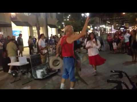 Persian Singer and Dancing on the Third Street Promenade