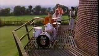 The Style Council - Heavens Above.