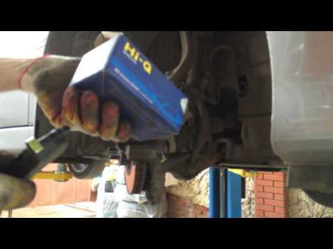 Меняем передние тормозные колодки на мазда 6  2010 года  Mazda 6