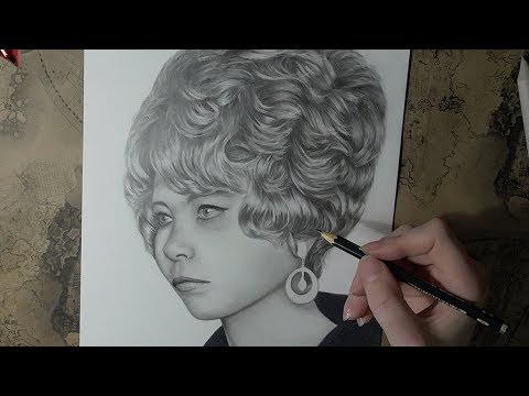 drawing-with-graphite-pencils---portrait-of-a-girl