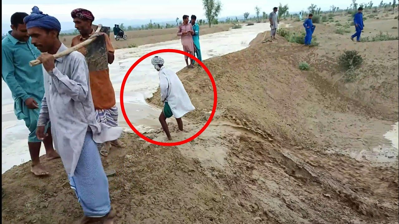 Download Dangerous Flash Flood & Crazy People In Punjab Pakistan