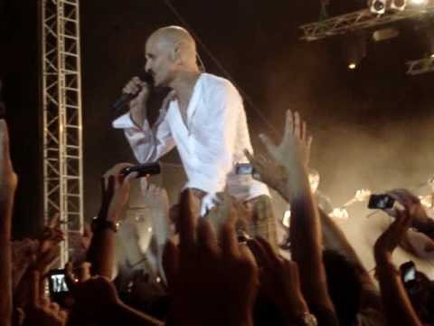 James live in Thessaloniki - Say Something