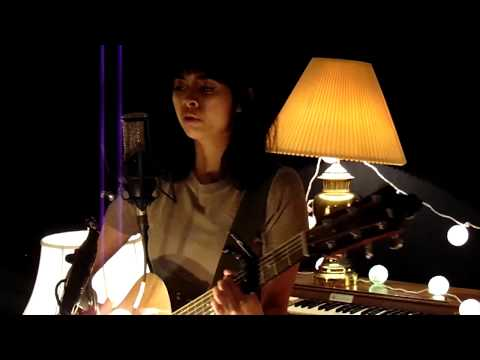 "Humidity Sound Live Sessions: Schaefer Llana - ""Dew"""