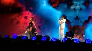 Repeat youtube video Jay Z x Beyonce Perform