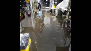Дождь в Новомосковске Днепропетровская область(Центральный рынок., 2016-05-19T13:44:57.000Z)