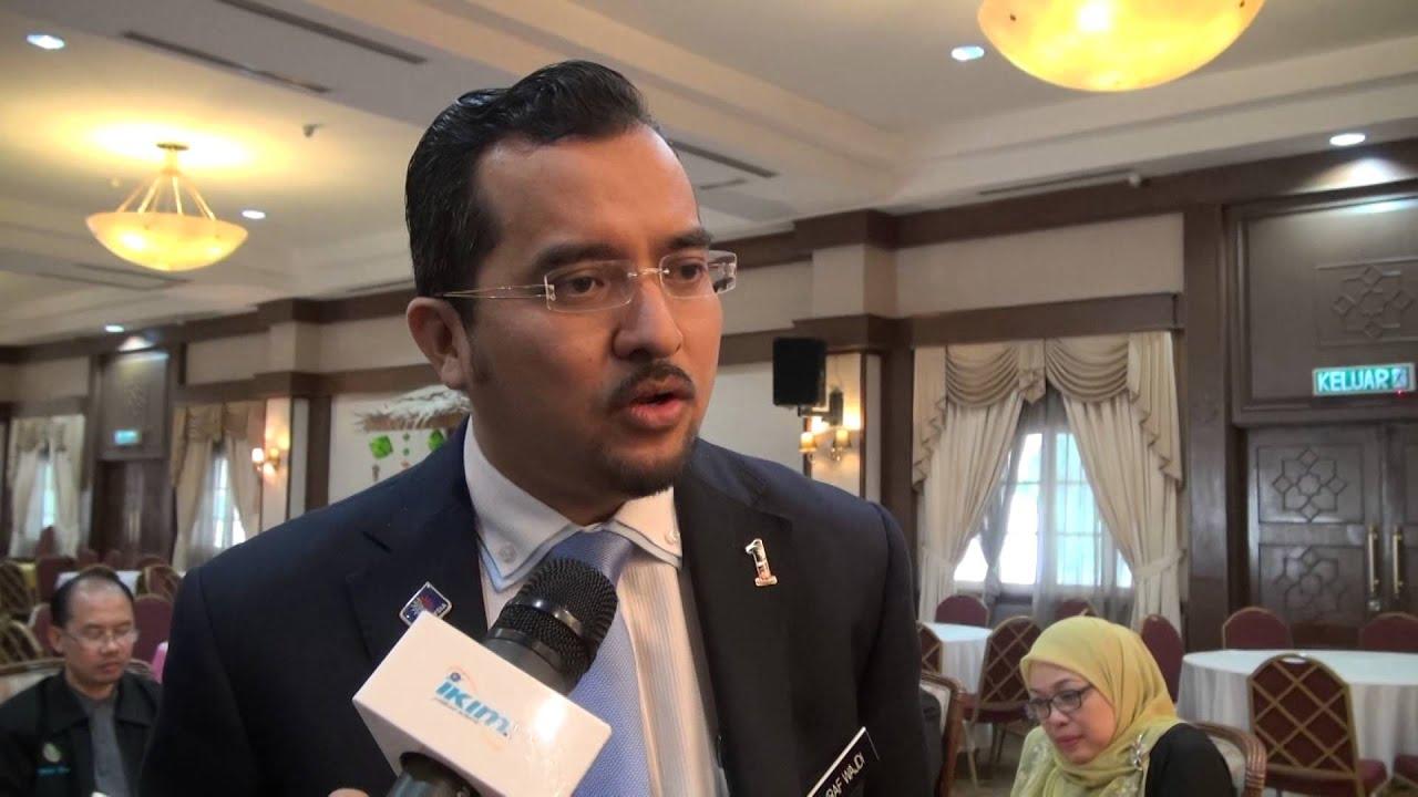 Mahathir cabar LHDN siasat akaun miliknya selepas Mokhzani
