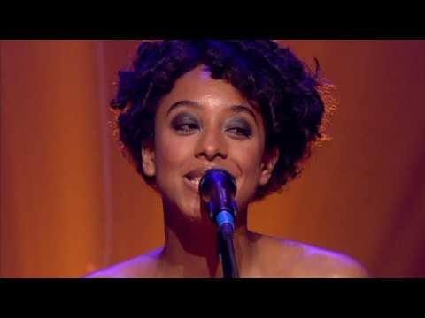 Put your records on - Corinne Bailey Rae - Live in London-New york