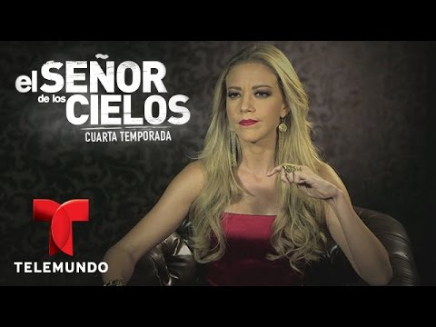 El Señor de los Cielos 4   Mónica Robles te confiesa lo que piensa del amor    Telemundo Novelas