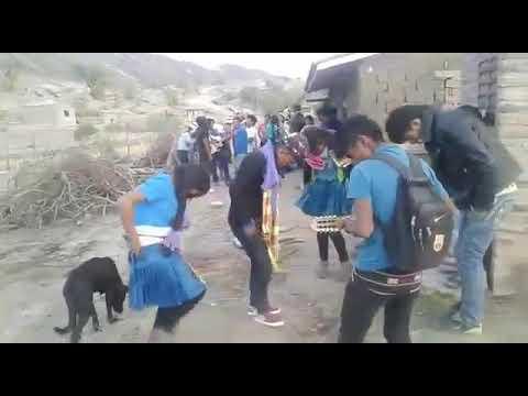 CUMBIA DE HOY - MI LINDA CHOLITA BAILANDO