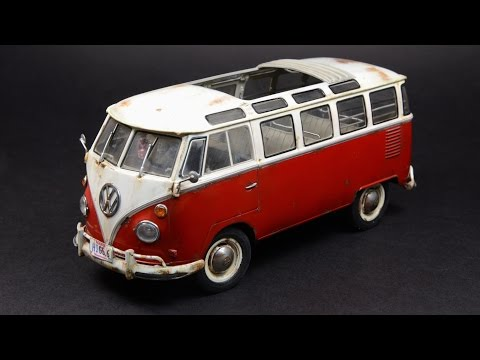 Revell 1/24 VW Samba Bus T1